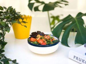 accompagnement du jour végétarien salade fraises